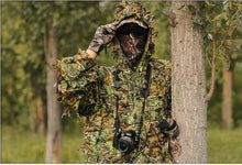 Load image into Gallery viewer, Mens 3D Bionic Leaf Camouflage Hunting Suit