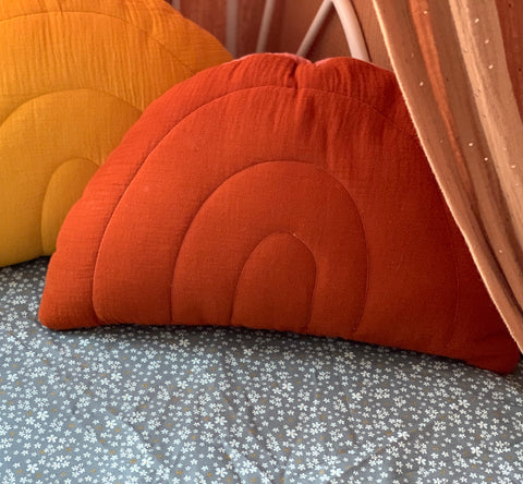 Red rusty - rainbow muslin pillow