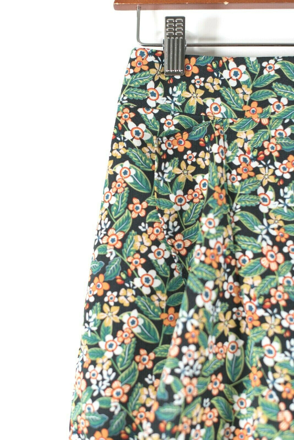 Womens Small Green Black Midi Skirt Knee Length Bold Macro Flower Leaf Print