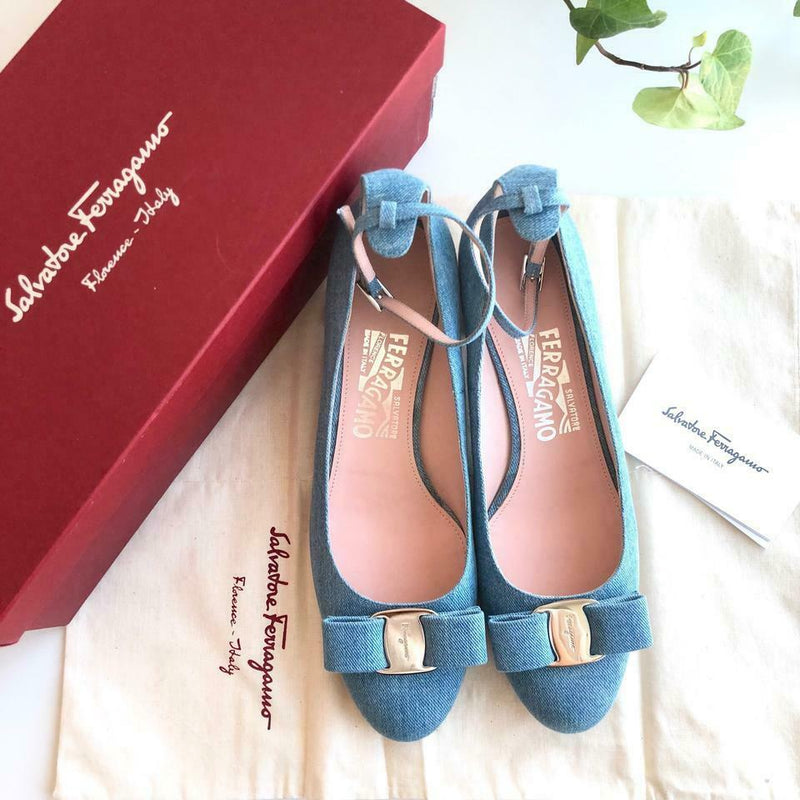 Salvatore Ferragamo Womens Size 8 Blue Denim Feluna Pumps Denim NEW