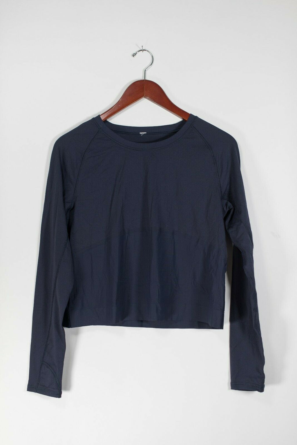 Lululemon Women's S/M Indio Blue Pullover Shirt Long Sleeve Cropped Yoga Top