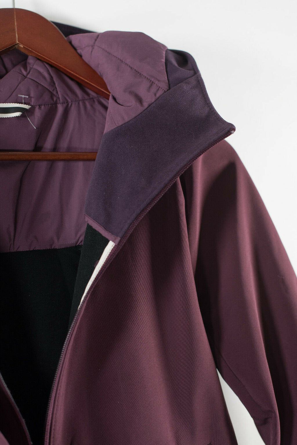 Lululemon Womens S Burgundy Purple Coat Jacket Soft Shell Water Resistant Fleece