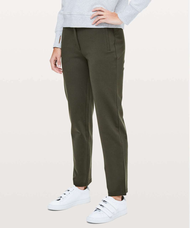 Lululemon Size 6 Green On The Move Pants
