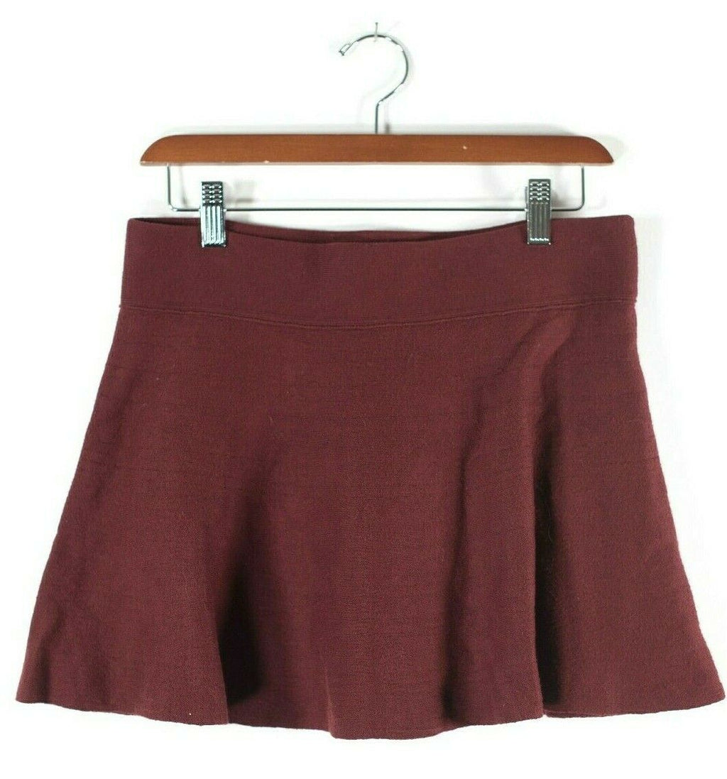 Aritzia Talula Womens Medium Burgundy Red Skirt Vanderbilt Stretch Flare Mini