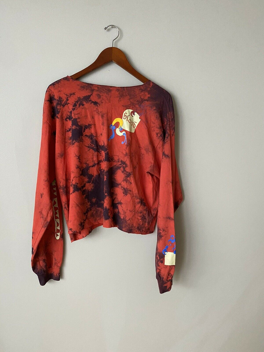Kelsey Lu Women's Small Red Black Long Sleeve Tee Shirt Graphic Print Pullover