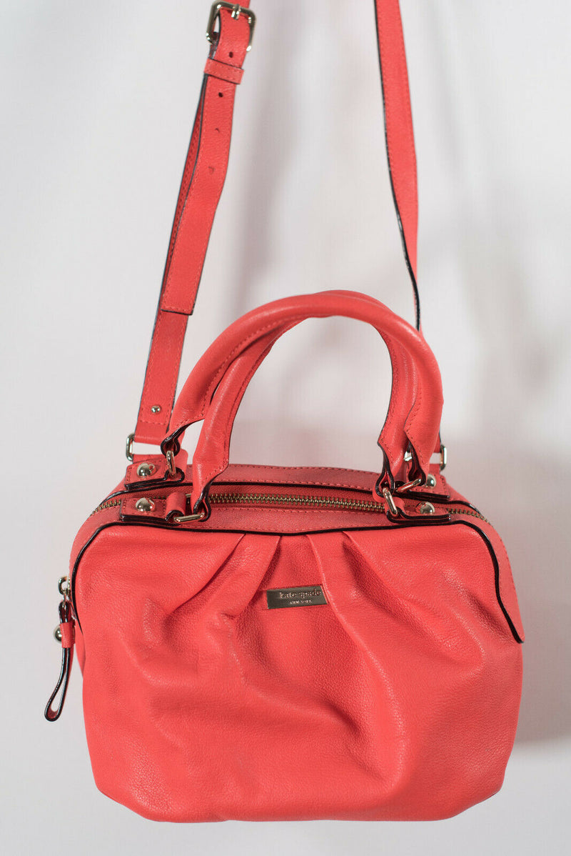 Kate Spade New York Womens Coral Pink Small Cross Body Shoulder Bag Zipper Purse