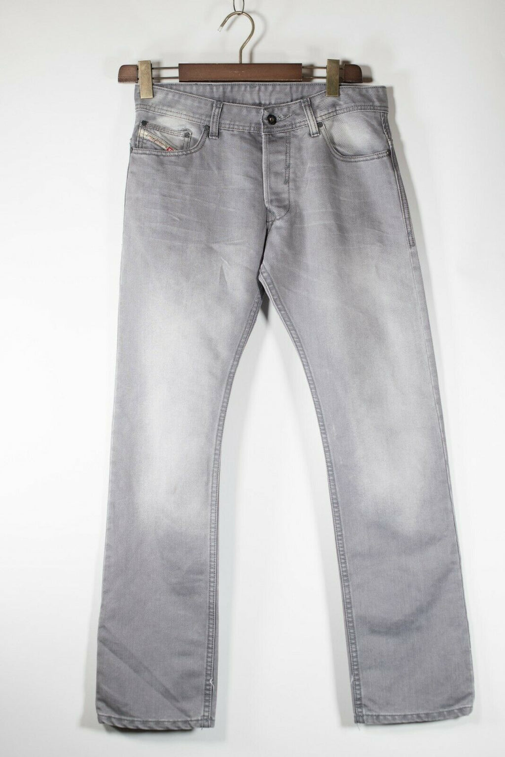 Diesel Men's Size 32 Gray Jeans Straight Leg 5 Pocket Made In Italy Faded Denim