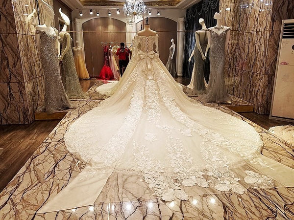 Real photos luxury lace appliques crystals royal train bridal