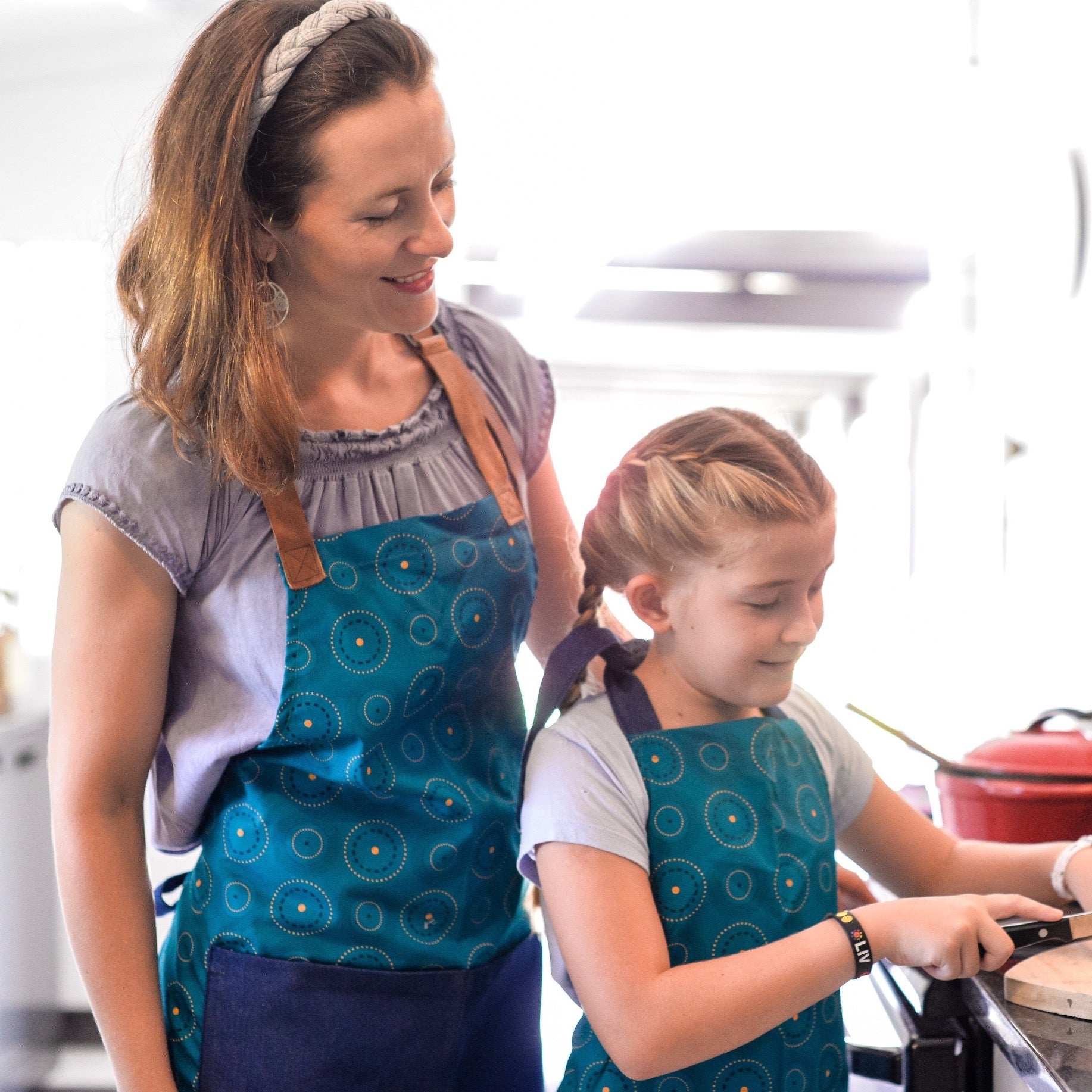 Kid's Apron - LIV Creative