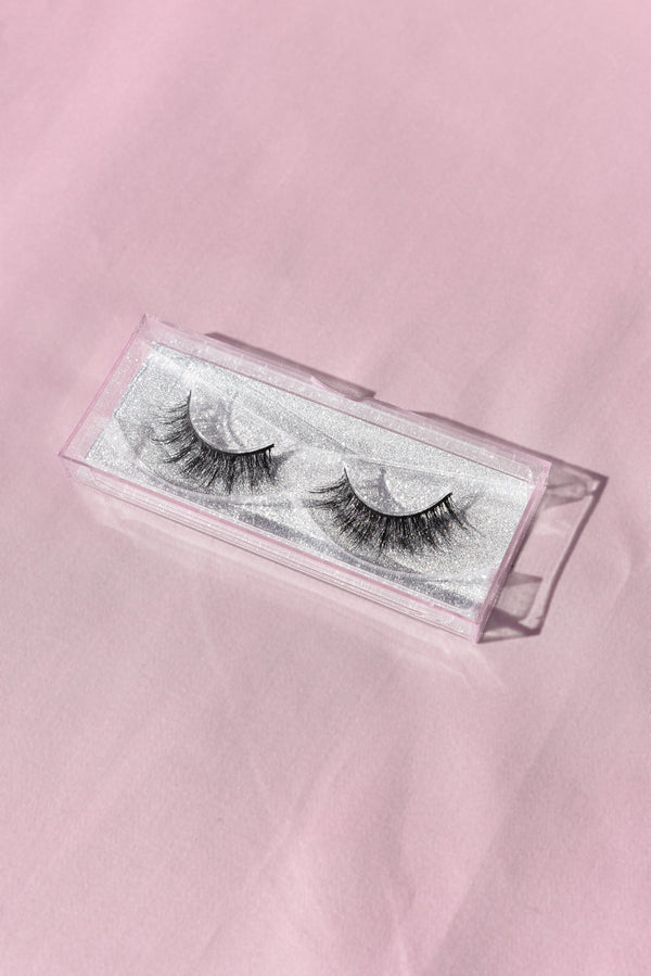 'Smokey' Lashes