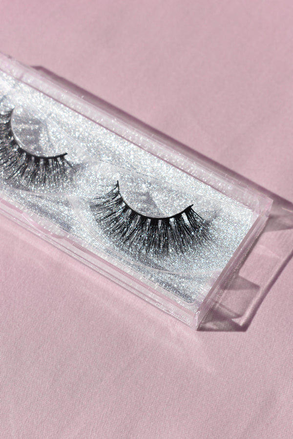 'Kylie' Lashes