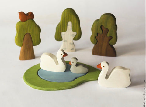 wooden swan family - 3pc - PREORDER