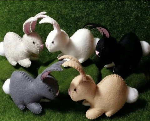 felt bunny - large - black