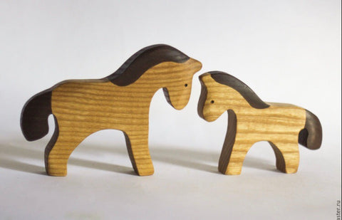 wooden horse mama and baby - PREORDER