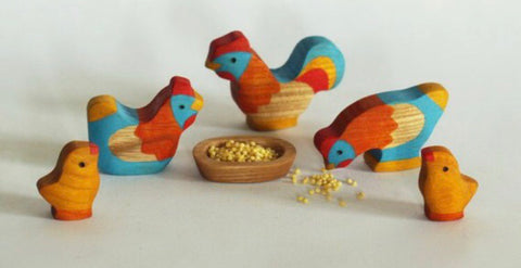 wooden chicken family - PREORDER