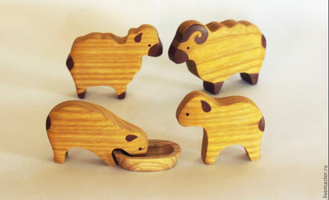 wooden sheep set - 4pc - PREORDER
