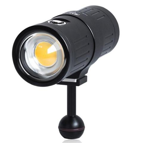 Scuba Diving Light 7.600 Lumens