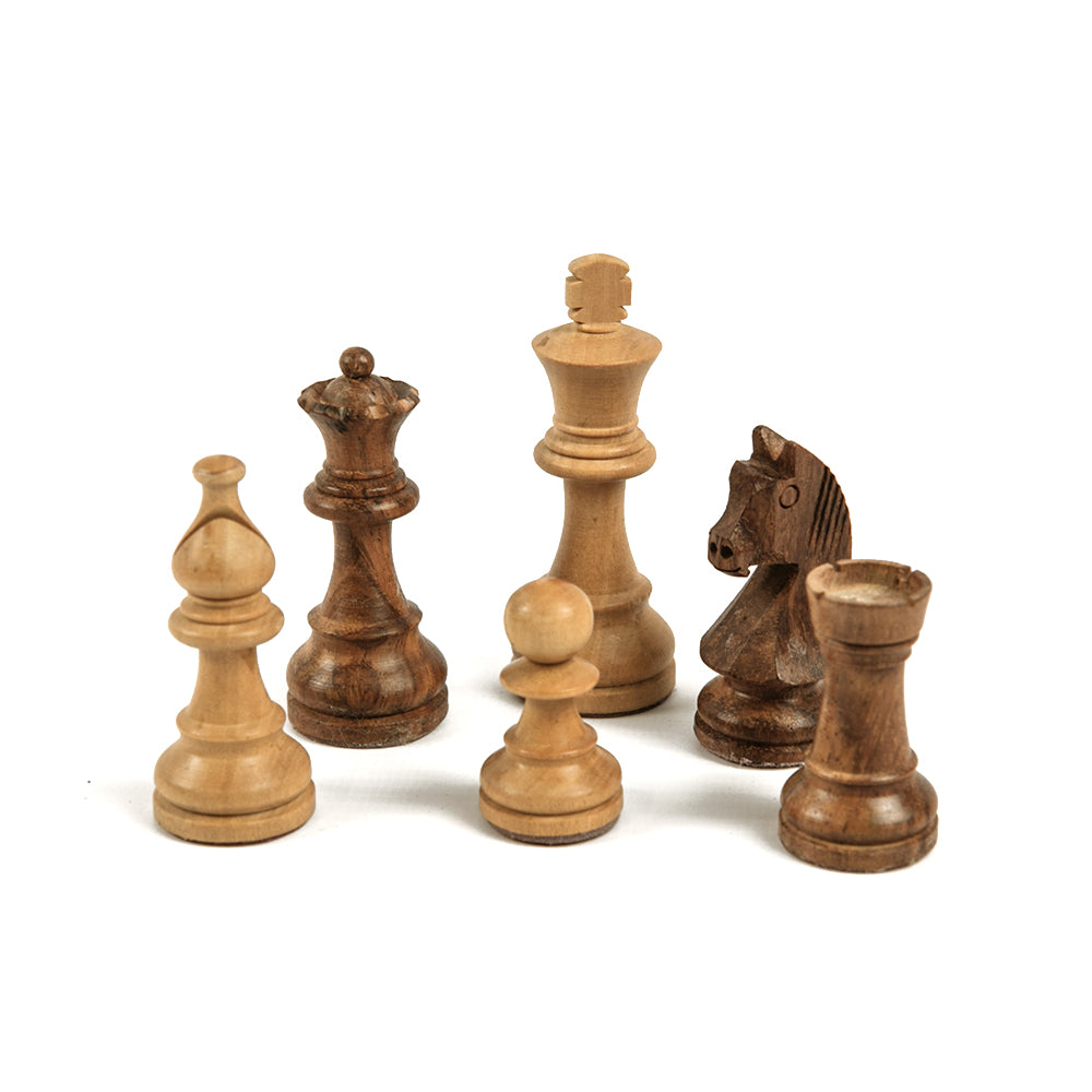 Witney chess pieces: Staunton style in double-weighted sheesham and boxwood