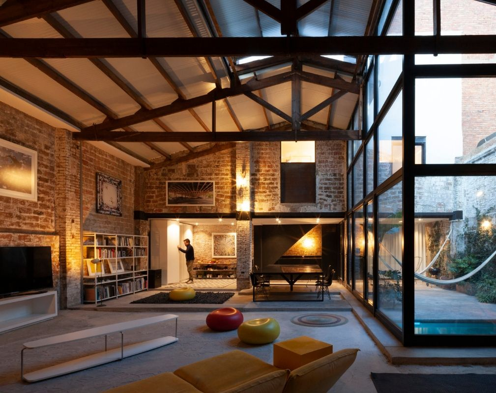 The Theatre warehouse conversion by Cadaval Sola-Morales