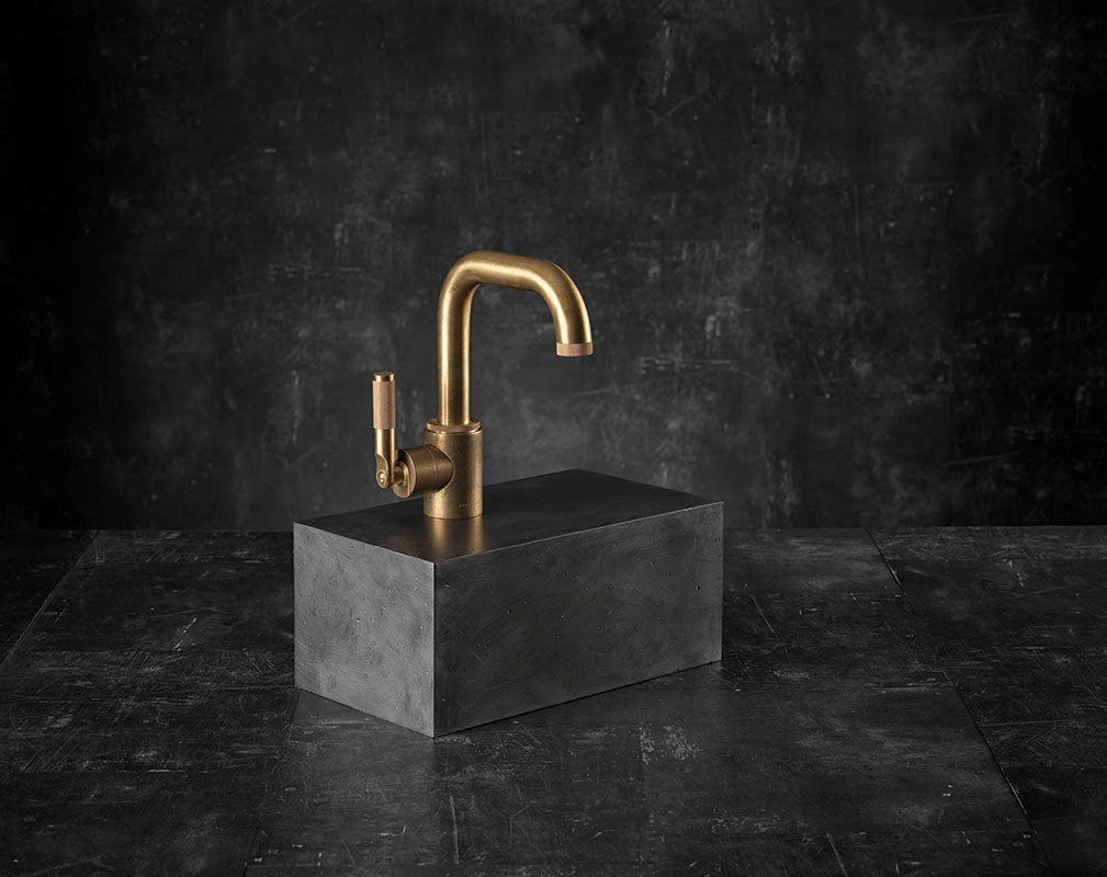 3 fabulous bathroom faucets landmark collection brassware by samuel heath.