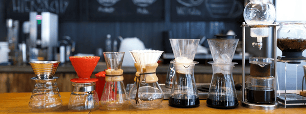 differentes-machines-a-cafe-V60-chemex-aeropress-piston-infusion