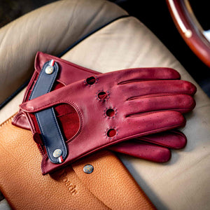 Red driving gloves Roadr