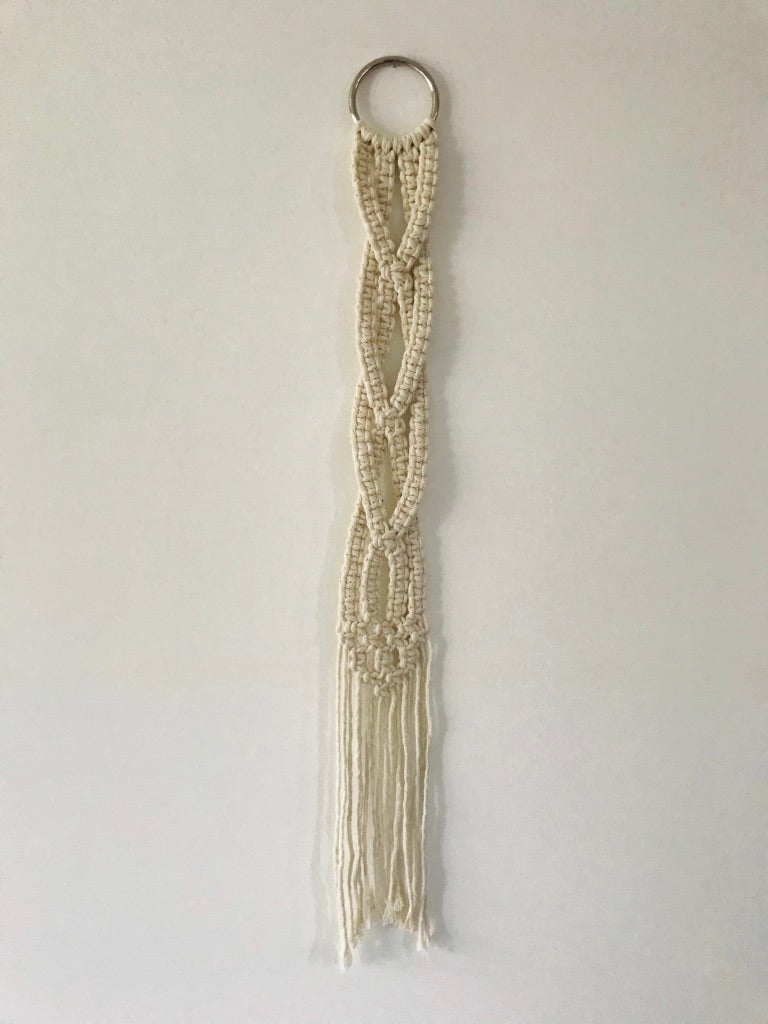 Braided Macramé Wall Decoration - Natural White