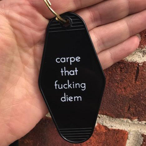Retro Keychain - Seize the day