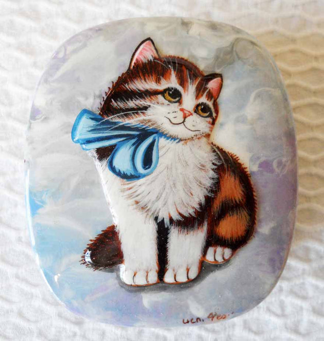Lacquer Box Blue Ribbon Kitten
