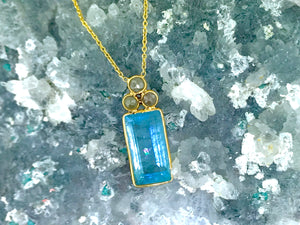 AQUAMARINE ADMIRER & COLLECTOR