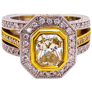 1.50 ct Fancy Yellow Radiant Diamond Ring, 18 Karat Gold 3.00 Carat Diamond Ring