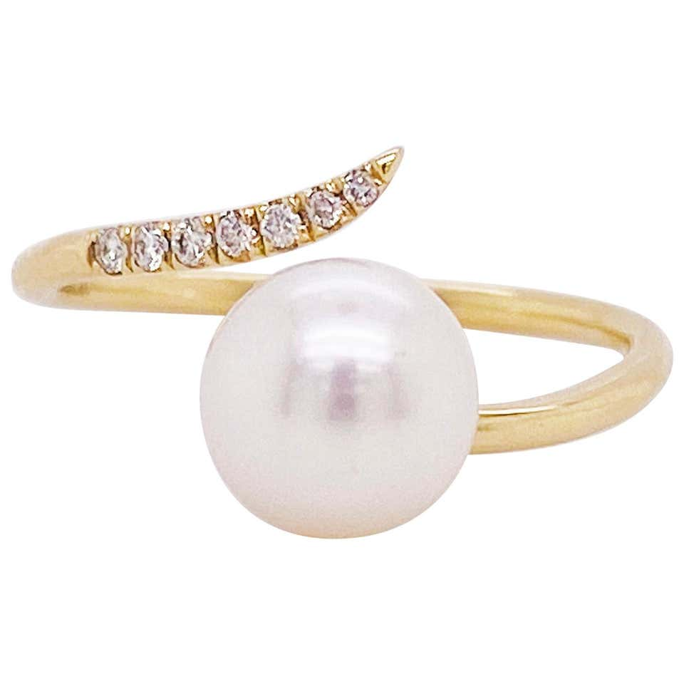 Swirl Pearl and Diamond Ring, Genuine Cultured Japanese Saltwater Pearl, 14 Gold