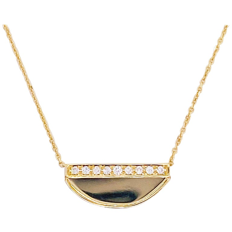 Diamond Crescent Pendant Necklace in 14K Yellow Gold