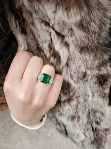 Certified Emerald and Diamond Platinum Ring