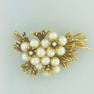 Vintage 1960 Pearl and Diamond Flower Pin or Brooch in 18 Karat Yellow Gold Estate Piece