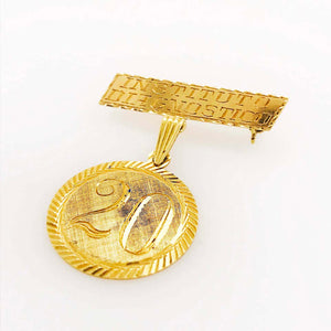 Gold Institudo Diagnostico Pin with 18 Karat Gold 20 Year Coin Collectors Brooch