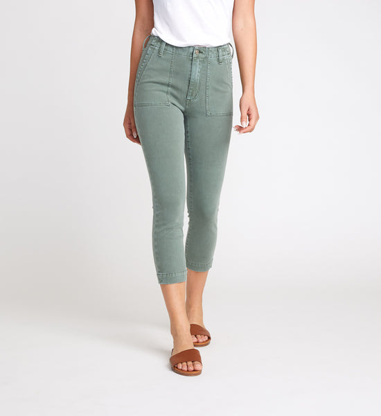 SILVER JEANS UTILITY SLIM CROP PANTS IN SAGE