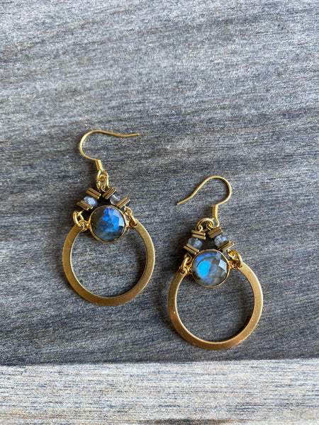 KR JEWELRY DESIGNS EARRINGS W/LABRADORITE ROUND