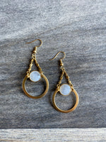 KR JEWELRY DESIGNS EARRINGS W/MOONSTONE ROUND