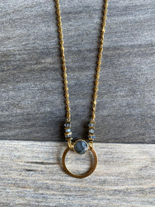 KR JEWELRY DESIGNS NECKLACE W/LABRADORITE ROUND