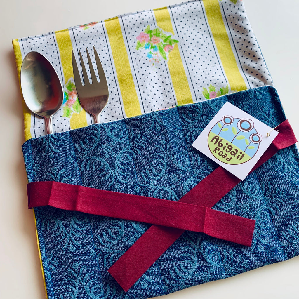 ABIGAIL ROAD POCKET ROLL BLUE W/FLORAL STRIPES