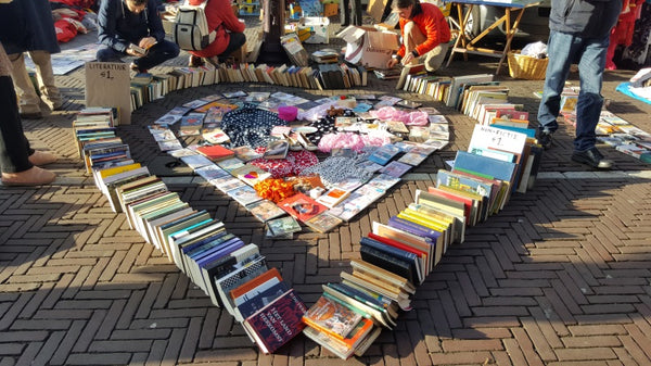 pop-up street library
