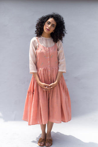 EMBROIDERED PEACH GATHERED STRAPPY DRESS