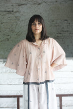 PINK GATHERED SLEEVE SHIRT