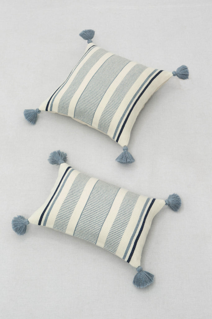Light Blue Cierre Alpaca Pillow Cover