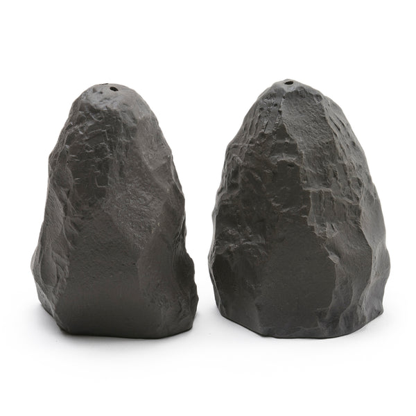 1882 Ltd. Crockery Black - Salt & Pepper