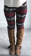 Reindeer Staying Next to the Fireplace Leggings