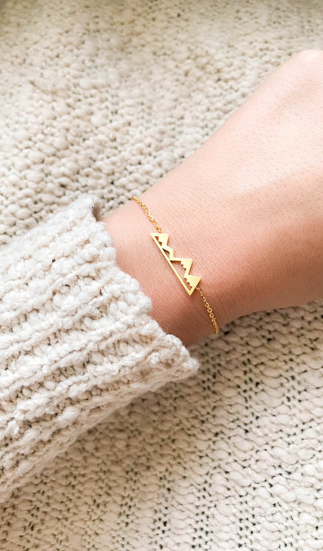 Gold Mountain Bracelet Victoria Collection