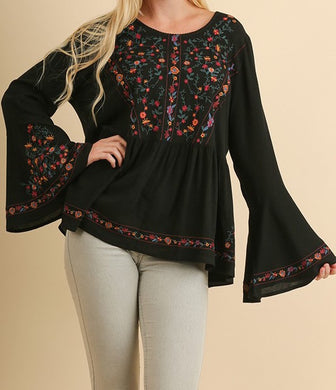 Noa Embroidered Blouse