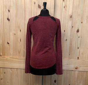OTHERS FOLLOW - Burgundy Henley Cut Out T-Shirt